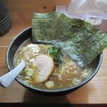 蔵家 - 料理写真:魚介豚骨(大盛) 750円