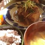 ネマルカフェ - 肉豆腐定食