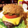 グッゲンハイムマフィア - 料理写真:大人気!オールドスタイルのハンバーガー!