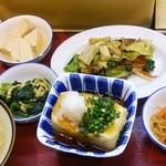 甲府下石田食堂 - 高タンパク、低カロリーを目標に