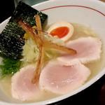 麺と心 7 - 濃厚魚介そば・新味