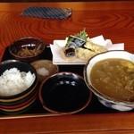 美ね吉 - カレーうどんと天ぷら定食