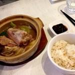 MR.CHICKEN鶏飯店 - 肉骨茶