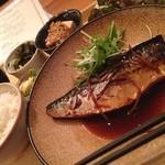 隈本総合飲食店 MAO - 日替わりランチ 鯖の煮付け