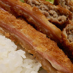 堀田牛肉店 - ハムチーズフライ(126円)
