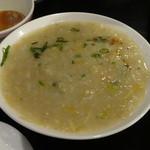 すろまい - お粥が劇ウマの国・カンボジアの玄米粥520円