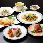 味工房すず - 『なづな膳』 マクロビ料理と新鮮なオーガニック食材をバランスよく取り入れた会食コース。3日前まで要予約。