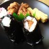 米屋のにぎりめし 山田村 - 料理写真:塩むすび(110円)、みそかつおにぎり(180円)、おかずセット(220円)