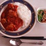 キッチンテラスクルール - 料理写真:チキントマトカレー