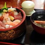 鰍 - 海鮮丼(¥2,940) 2013.09