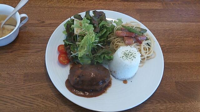 桂木4丁目レストラン