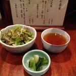 串膳 - ミニサラダとお漬物