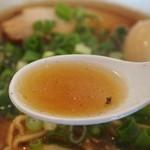 石原ラ軍団 - 軍団スペシャル(讃岐レトロ醤油) スープ
