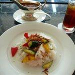カフェ - 夏野菜と鶏肉のカレー