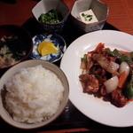 24104599 - 黒酢鶏    780円