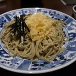 吉照庵 - 料理写真:そばは細くて軽い