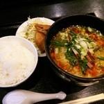 24149269 - 酸辣湯麺