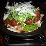 和食個室×しゃぶしゃぶ鍋 にっぽん市 - 「「にっぽん市」自慢の旨辛煮込み (780円)」