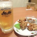 すけろく - 【唐揚げビールセット@100円】 クーポン使用。 ただしこの他に500円以上食べる必要あり。
