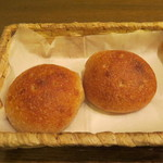 アスペルジュ - 焼きたて新窯パン(フォカッチャ)