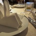 レストランパフューム - カトラリー:sambonet(サンボネ)       食器:ベルナルド:BERNARDAUD