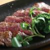 Hanagokoro - 料理写真:牛サガリの鉄板ステーキ 755円(税込)
