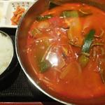 十他素 - ユッケジャンスープ定食
