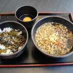 ゆで太郎 - 091011朝食セットB(高菜ごはん)温かいそば生卵で