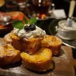 青山フラワーマーケット ティーハウス - フレンチトースト