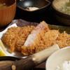 黒かつ亭 - 料理写真:上ロースかつ定食!旨さが際立ちます♪