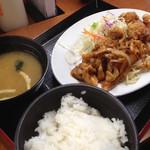 東京チカラめし - 焼肉&唐揚定食690円