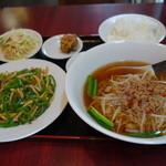 台湾料理  眞味 - 料理写真:チンジャオロース定食、980円