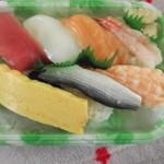 小僧寿し - 料理写真:ちょこっと、お寿司・・・