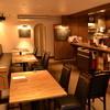 イル ミオ ポスト - 内観写真:ゆったりとした空間でお食事をお楽しみください。
