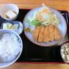 喜納屋 - 料理写真:『とんかつ定食』500円。