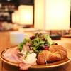 ザ シティ ベーカリー - 料理写真:C.B.ブレックファストセット クロワッサン (1100円) '14 1月中旬