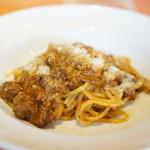トラットリア タンタボッカ - 和牛ミートソースのスパゲッティ