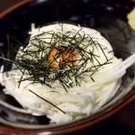 もつ鍋才谷 - 料理写真:まずは山芋の短冊から♪