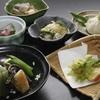 鷹明亭 辻旅館 - 料理写真:【春料理一例】 春は山の幸、本物の山菜をふんだんに使ったお料理をお楽しみください