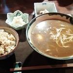 浜鮮魚 - 牛すじカレーそばセット800円