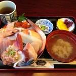 なかの - 海鮮丼大盛り\1,200