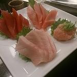 沼津 魚がし鮨 - まぐろ4点盛
