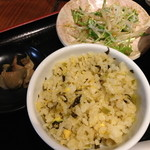 HOI - ランチのHOIラーメン(醤油味)と炒飯(1,000円)2014年2月