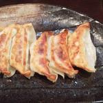 らーめん 軽菜 - ニンニク餃子300円