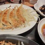 浜太郎 - 白餃子は酢醤油にゆず胡椒を添えて・・・。H26.2