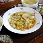 琳 - 白菜中華煮定食 750円