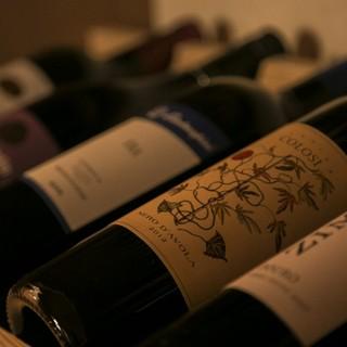 【ワイン好き必見】ウォークインワインセラー完備しております!