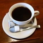 アンジェニュ - 食後のコーヒーです