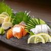 悟とう - 料理写真:市場直送!! 鮮度抜群の魚介が味わえる『旬魚 三点盛り』 天草で獲れたものを中心に、その日仕入れたばかりのおすすめ旬魚を盛り合わせた贅沢な一皿です。