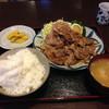早坂食堂 - 料理写真:生姜焼き定食900円+大盛り100円!